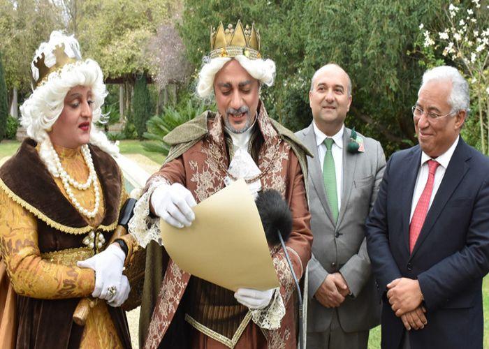 Los Reyes del Carnaval de Torres Vedras son figuras icónicas del carnaval