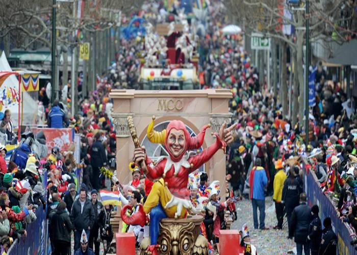 Los desfiles llenos de gente en los carnavales de Maguncia