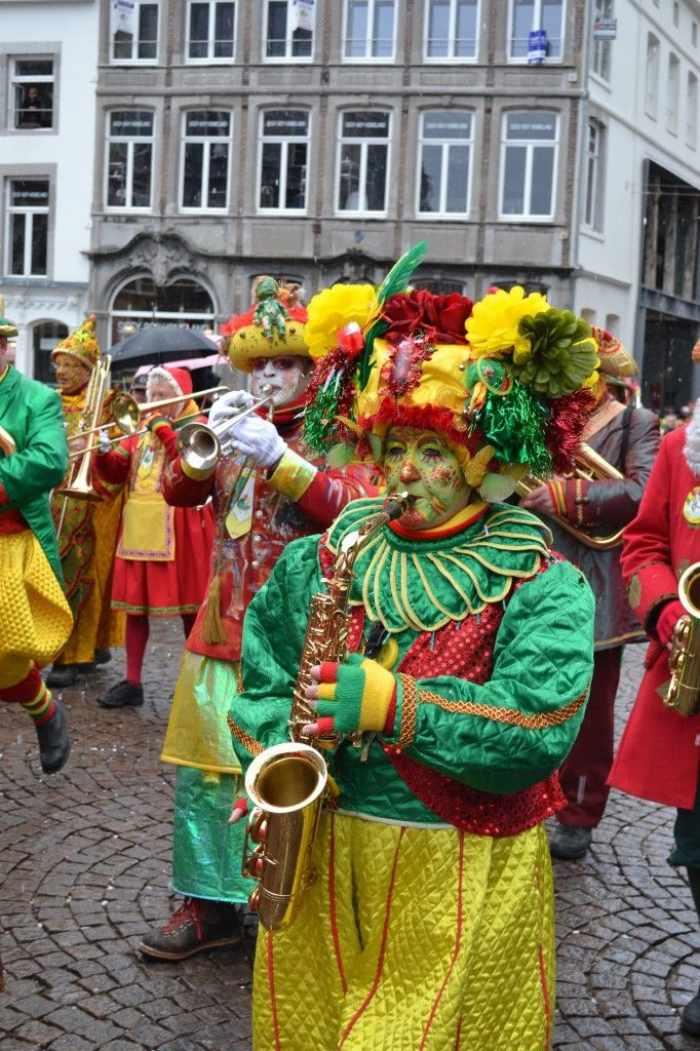 Los desfiles y actividades del carnaval de Maastricht están llenos de música y espectáculos