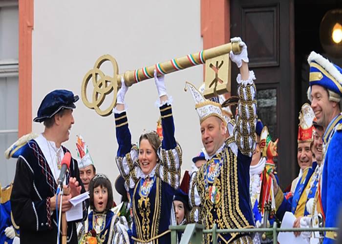 Proclamación de los príncipes del Carnaval de Dieburg