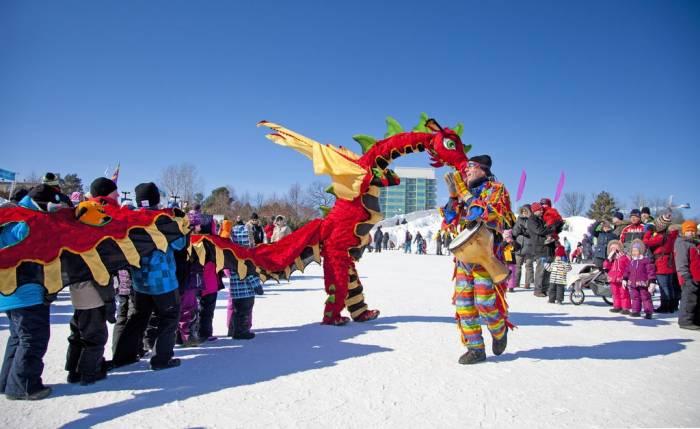 Durante las actividades de Winterlude se llevan a cabo eventos culturales y conciertos