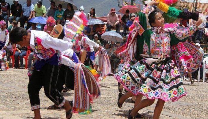 El Baile y la música son los elementos principales del carnaval de San Pablo en Cusco