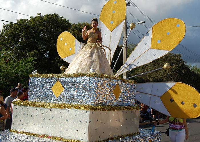 El Carnaval de Arroyo en Puerto Rico cuenta con actividades que desarrollan la cultura y tradiciones nacionales