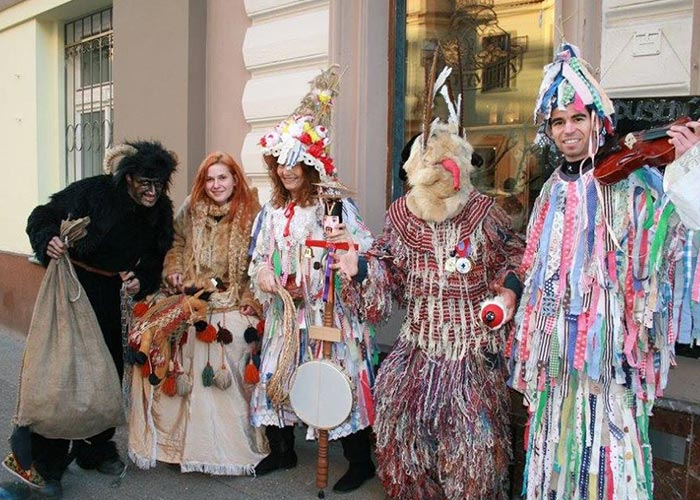 El Carnaval de Letná incentiva la visitas a museos y galerías del vecindario