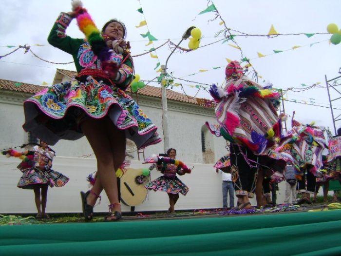 El Gran concurso es el escenario perfecto para las agrupaciones demostrar su repertorio de bailes tradicionales