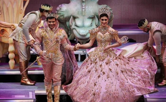El Rey y la Reina del Carnaval son coronados durante las fiestas del carnaval de Campeche