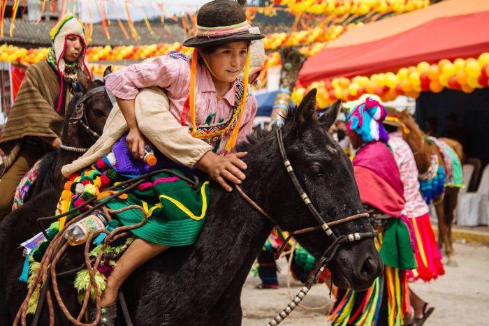 El carnaval de Pukllay es un espacio para el desarrollo cultural entre diferentes grupos étnicos y culturas del país y la región