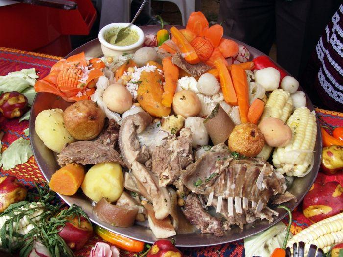 El puchero es un plato tradicional de la región con carne y tubérculos