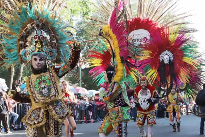 En el carnaval de Tlaxcala se encuentran los huehues, el personaje principal de las fiestas