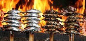 Espeto de Sardinas es uno de los platos más tradicionales de Málaga