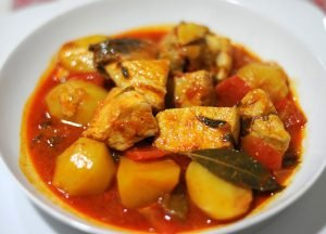 La marmita de bonito es un plato tradicional de la región