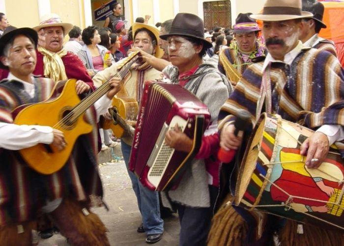 La música es un componente importante dentro del carnaval de Guaranda