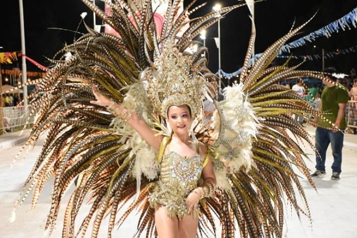 Las comparsas infantiles de los carnavales de Villa Ángela forman parte importante de las celebraciones