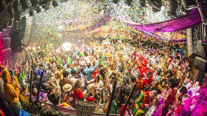 Las fiestas de carnaval se viven en las calles en la ciudad de Breda
