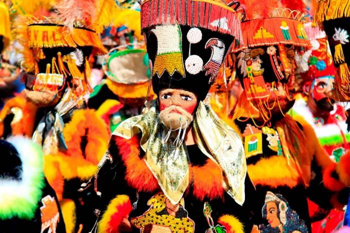 Los Chínelos son el factor común de los Carnavales de Morelos