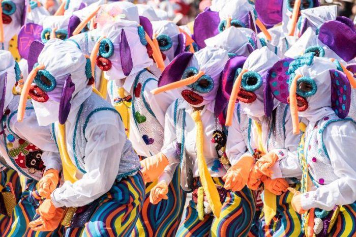 Los disfraces abundan durante el carnaval de Madrid
