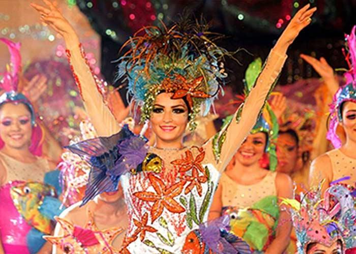 El Carnaval de Cozumel es uno de los más coloridos y divertidos