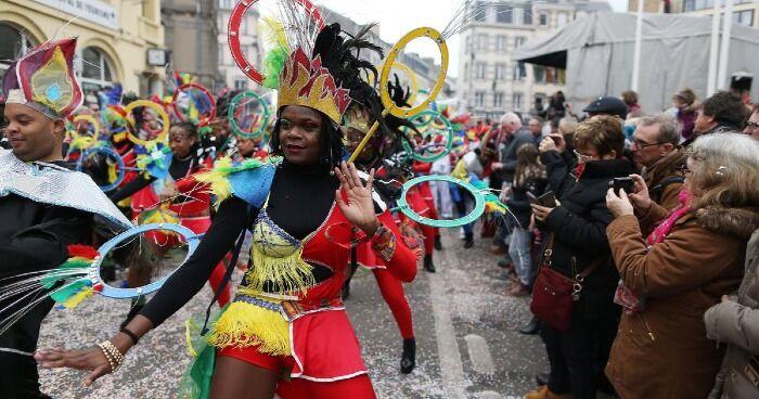 El Carnaval de Granville goza de un ambiente divertido y alegre