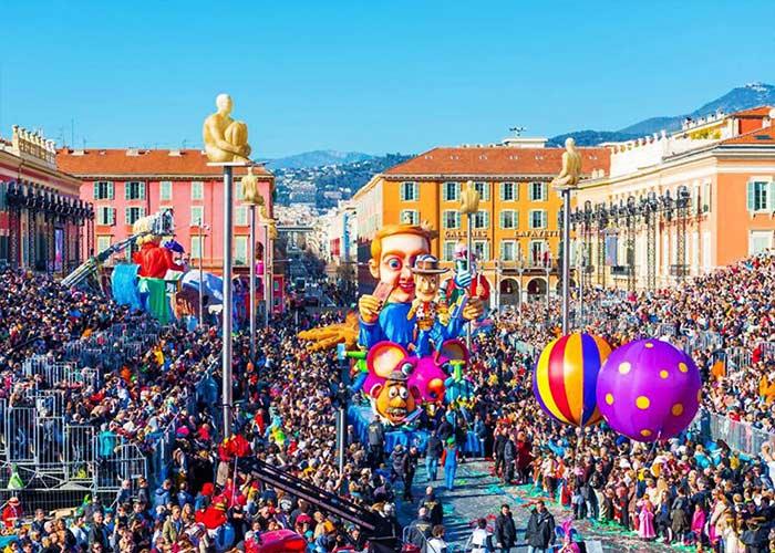 El Carnaval de Niza es el carnaval más famoso y uno de los más antiguo de Francia
