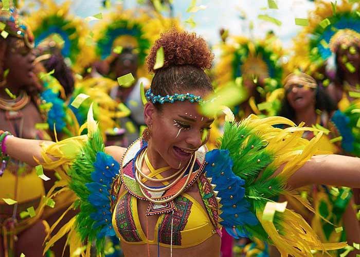 El Carnaval de Trinidad y Tobago es una de las celebraciones más alegres y coloridas del mundo