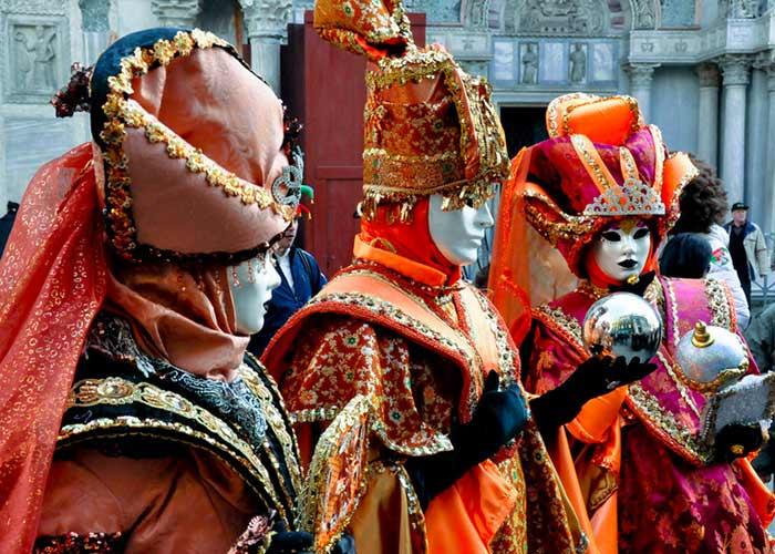 El Carnaval de Venecia es una de las fiestas más populares e influyentes del mundo