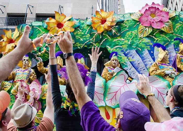 El Mardi Gras de Nueva Orleans es la celebración de Carnaval más grande y popular de Norteamérica