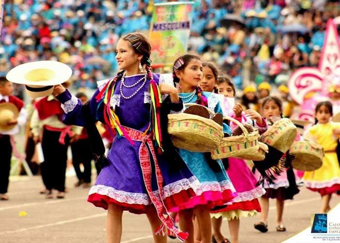 La ciudad de Cajamarca es coliderada la Capital del Carnaval peruano, donde se realizan los mejores carnavales del país