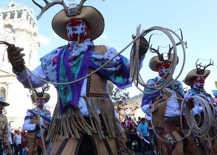 Las tradiciones y personajes cambian de región a región en el Carnaval de Hidalgo