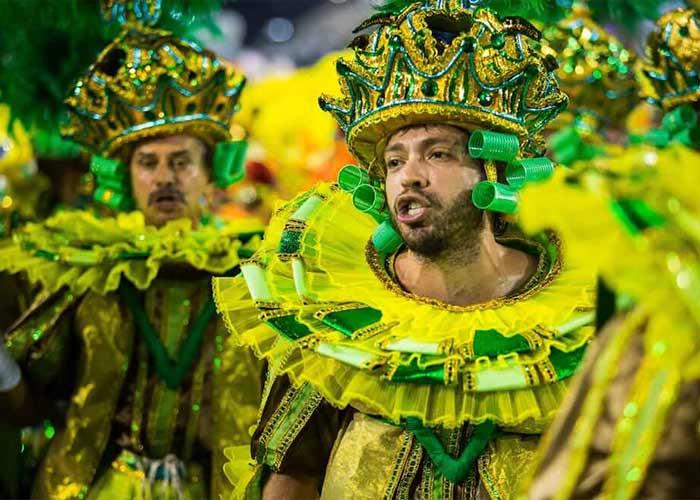 Los Carnavales de Río y Salvador son los dos principales de Brasil